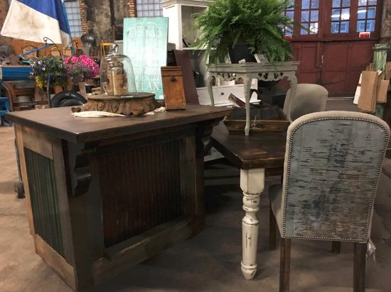 Superior Second Hand Rose: Tin Back Chairs And Unique Center Islands