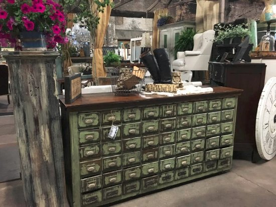 Second Hand Rose: Drawers And More Drawers...Love