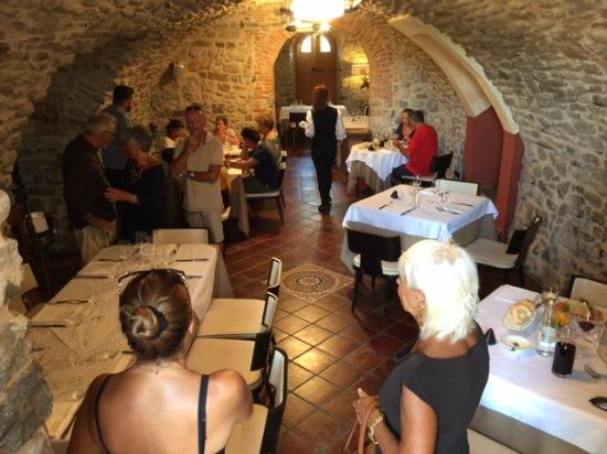Villafranca in Lunigiana, Italy: Una sala
