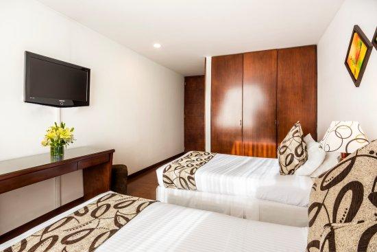 Hotel Platinum Suite: Twin Room