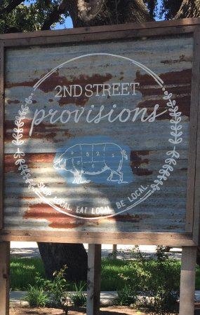 Hico, TX: 2nd Street Provisions