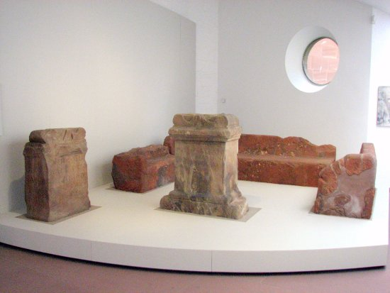 Rheinisches Landesmuseum : Yes, This IS a Roman Living Room Set ... Flintstone Series. Note The TV Near the Sofa.