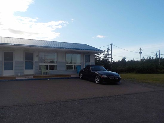2017-08-17 Last Port Motel, Canso, NS