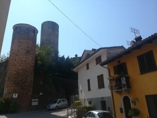 Castiglione Falletto, Włochy: IMG_20170818_121116_large.jpg