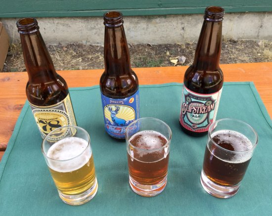 Manning Park, Kanada: Daughter and I enjoyed several beer tasters during our stay.