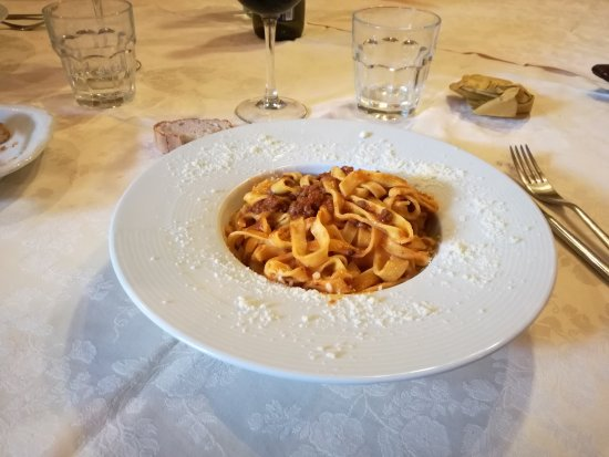 Capodacqua, Italia: IMG_20170820_144427_large.jpg