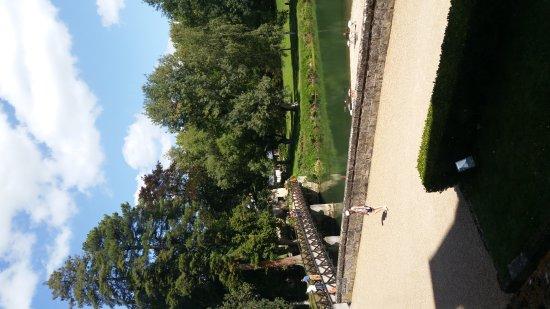 Azay-le-Rideau, Francia: Superbe demi journée dans un endroit à découvrir en famille ou entre amis