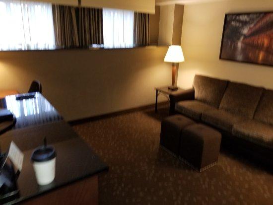 Drury Inn & Suites New Orleans: 20170820_095301_large.jpg