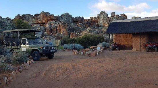 Kagga Kamma Private Game Reserve, Sudáfrica: just outside the admin and dinning block where you meet for guided tours