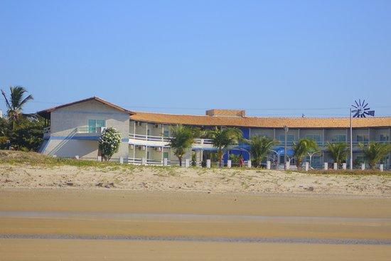 Flecheiras, CE: Pousada Brisa Mar vista da Praia em Frente