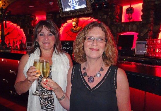 Broadbeach, Australien: Pre-show drinks