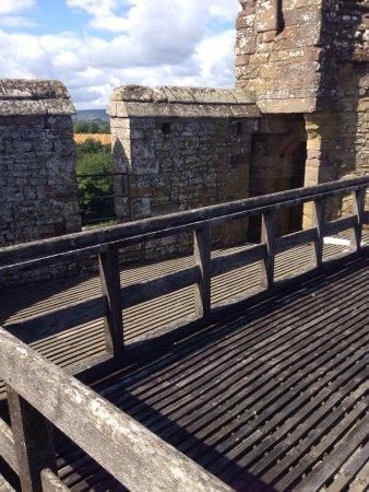 Stokesay Castle: photo2.jpg