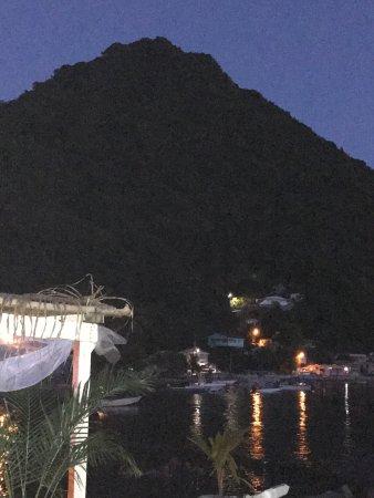 Soufriere, Dominika: Great anniversary at Bubble Beach Spa