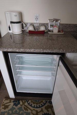 Freeport, ME: relatively large fridge, coffee and tea service, Room 212