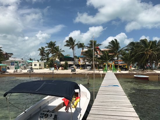 Hicaco Tours Snorkel & Dive: Hicaco boat dock