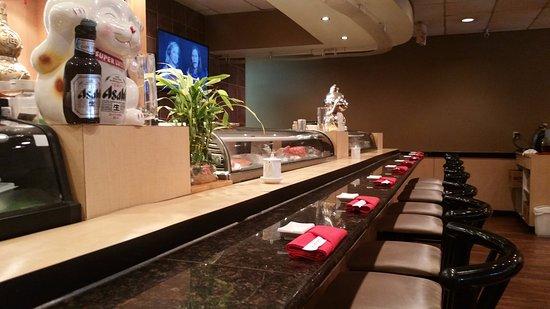 Kaneyama Japanese Restaurant: Sushi Bar