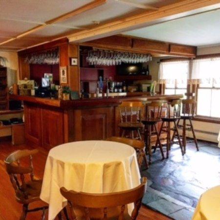 Mendon, VT: Bar