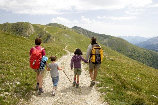 Les Saisies, France: balade en famille