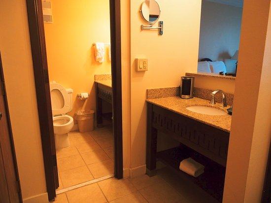 North Little Rock, AR: Bathroom