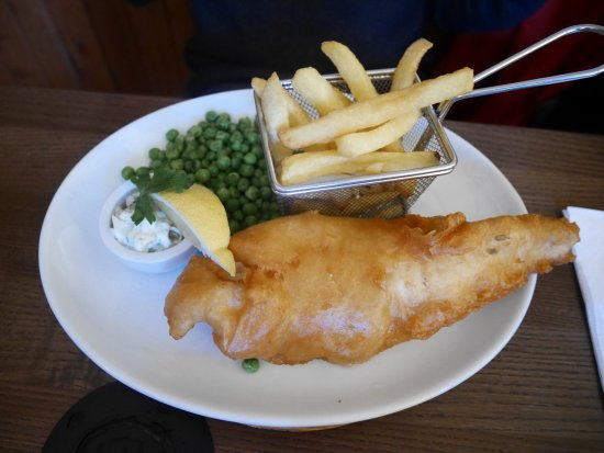 Invergarry, UK: Fish and chips