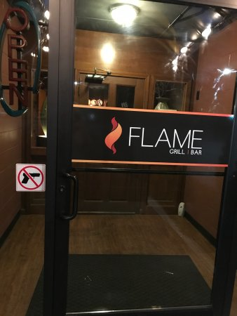 Carbondale, IL: Flame Grill & Bar