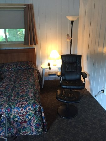 Winthrop, ME: Cobbossee Motel