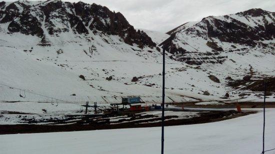 Farellones, ชิลี: Vista do esqui-bunda