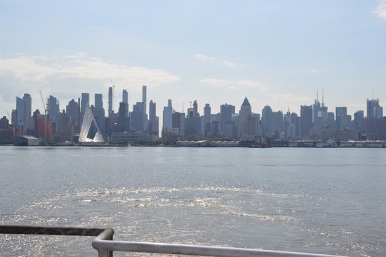 Weehawken, NJ: view of city from ferry