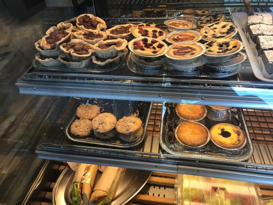 Eric the Baker: Store display and apple danish: so good!