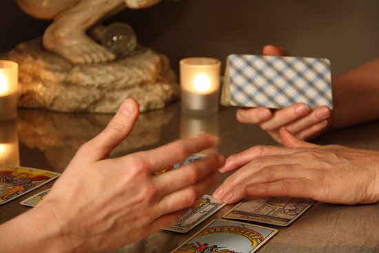 Balmain, ออสเตรเลีย: Our gifted tarot readers will give guidance, direction and clarity to all areas of your life.