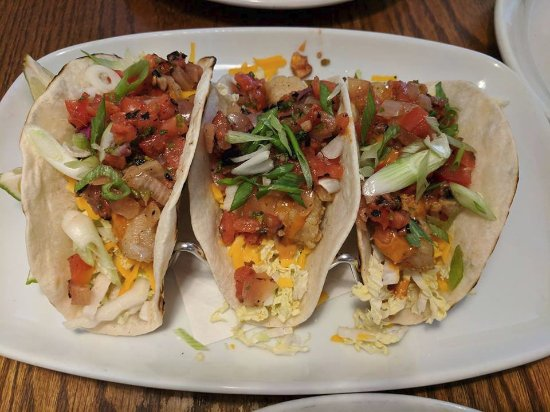 West Street Willy's Eatery: Fish Tacos
