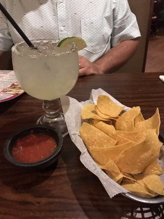 Bristol, RI: House margarita/house chips & salsa