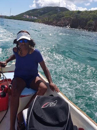 Red Hook, St. Thomas: Christina on a mission in the Rumbaba Dinghy
