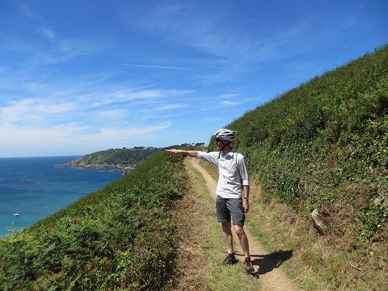 Vale, UK: A beautiful cliff path...