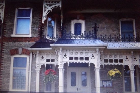 Goderich, Canada: Beautiful restored older house