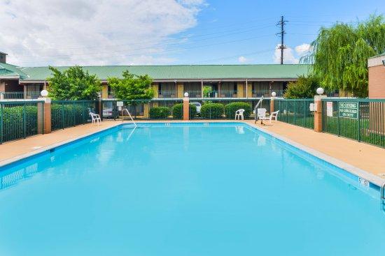 Goodlettsville, TN: Pool