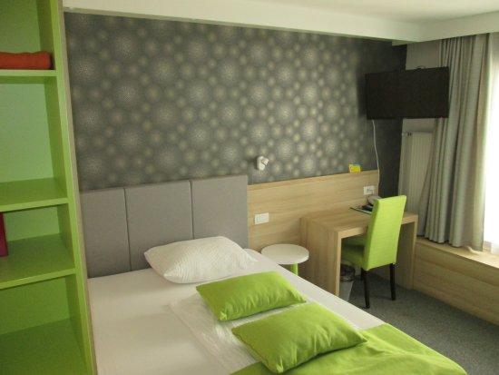 Hotel Emonec Picture