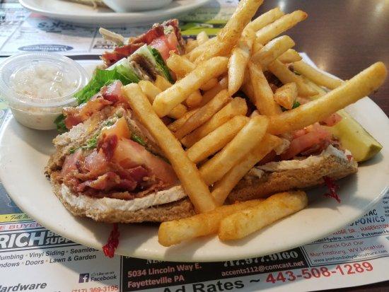 Chambersburg Diner: Turkey club