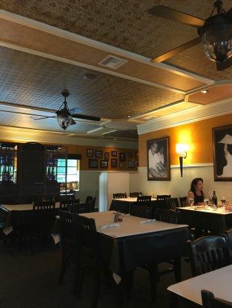 TJ's Italian Cafe: photo0.jpg