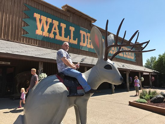 Wall Drug: photo0.jpg