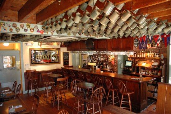 Damariscotta, ME: The Pub
