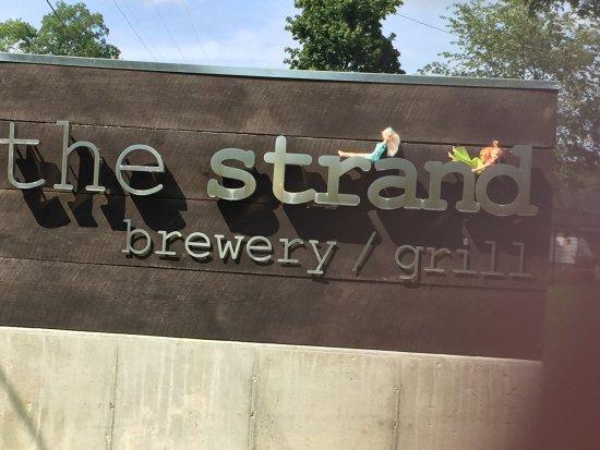 写真The Strand Brewery and Grill枚
