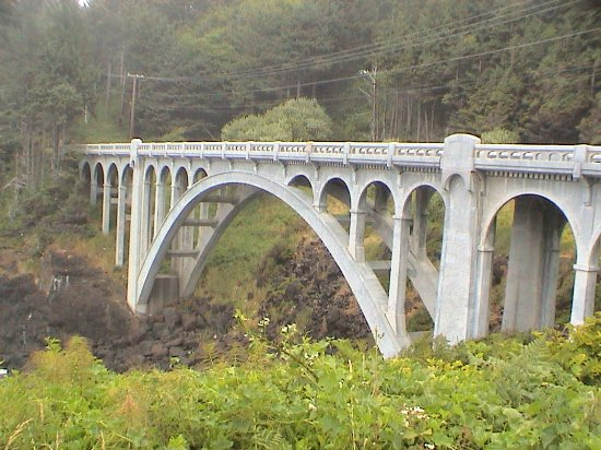 Depoe Bay, OR: The Rocky Creek Bridge, which we had just crossed on our way down the Loop