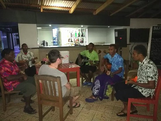 Tavewa Island, Fiji: evening entertainment