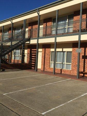 Thunderbird motel yass australie voir les tarifs et for Motel bas prix