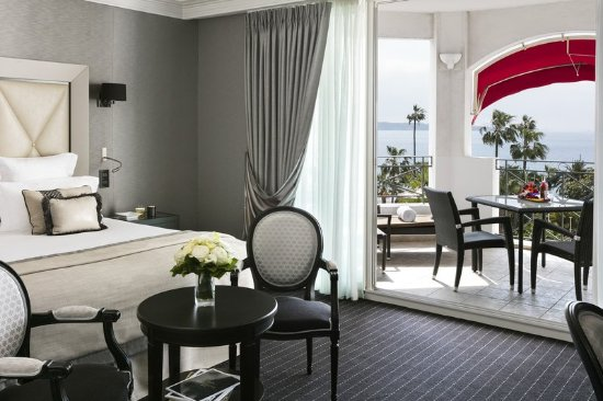 Hotel Barriere Le Majestic Cannes: Junior Suite Prestige Terrasse Mer