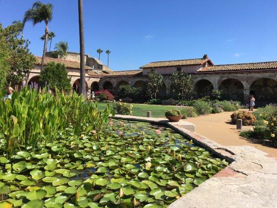 Mission San Juan Capistrano: San Capistrano Mission Gardens