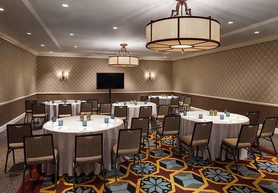 The Alexandrian, Autograph Collection: Rosemont Room - Banquet Setup