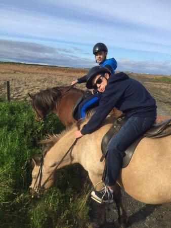 Хелла, Исландия: two teenagers