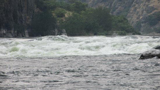 Oxbow, Oregón: Fun rapids skillfully traveled over